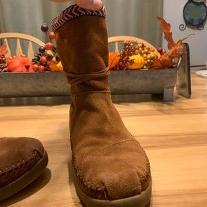 Toms Shoes - TOMS WINTER BOOTS